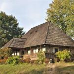 Casa Rosu - Muzeul Satului Bucovinean