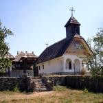 Muzeul_Arhitecturii_Populare_din_Gorj_–_biserica_ansamblului_arhitectural_Gheorghe_Tatarescu