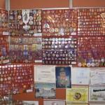expozitie-insigne-muzeul-judetean-botosani1