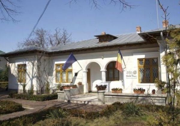 06.casa-nichita-stanescu