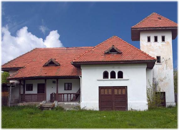 Casa-Memorială-Ion-Popescu-Voitești-poza1