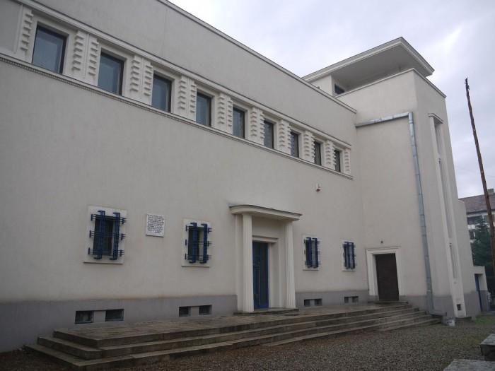 Casa-Memoriala-Doctor-Petru-Groza-20101215150934