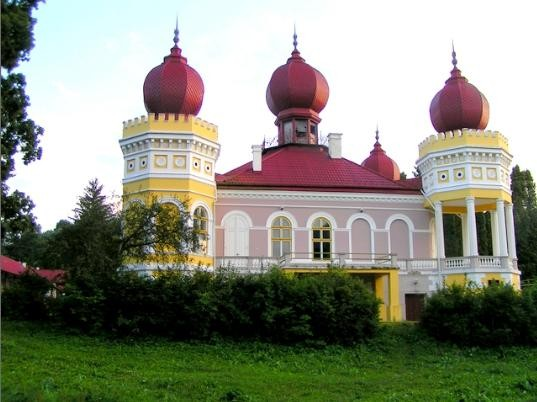 Castelul-Bethlen-din-Arcalia-20110116114835