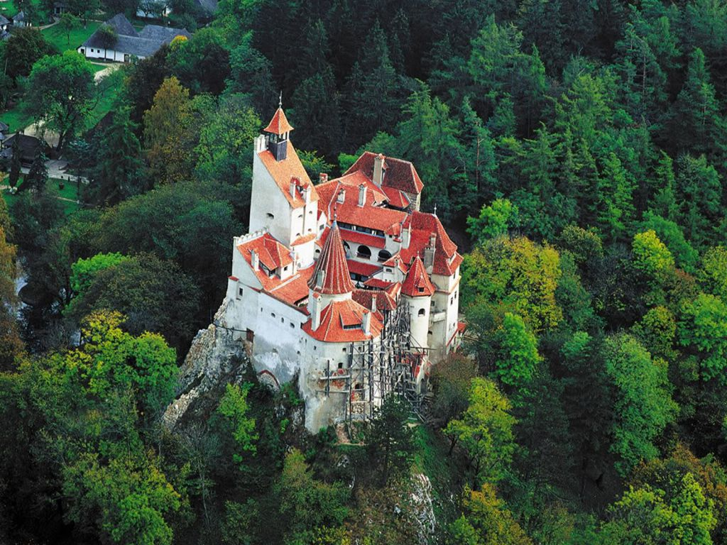 castelul-bran-vazut-de-sus
