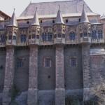 castelul-corvinilor-turnul-Nje-Boisia