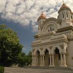 800px-Catedrala_Din_Galati