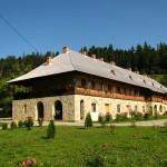 Manastirea-Almas-20101203133359