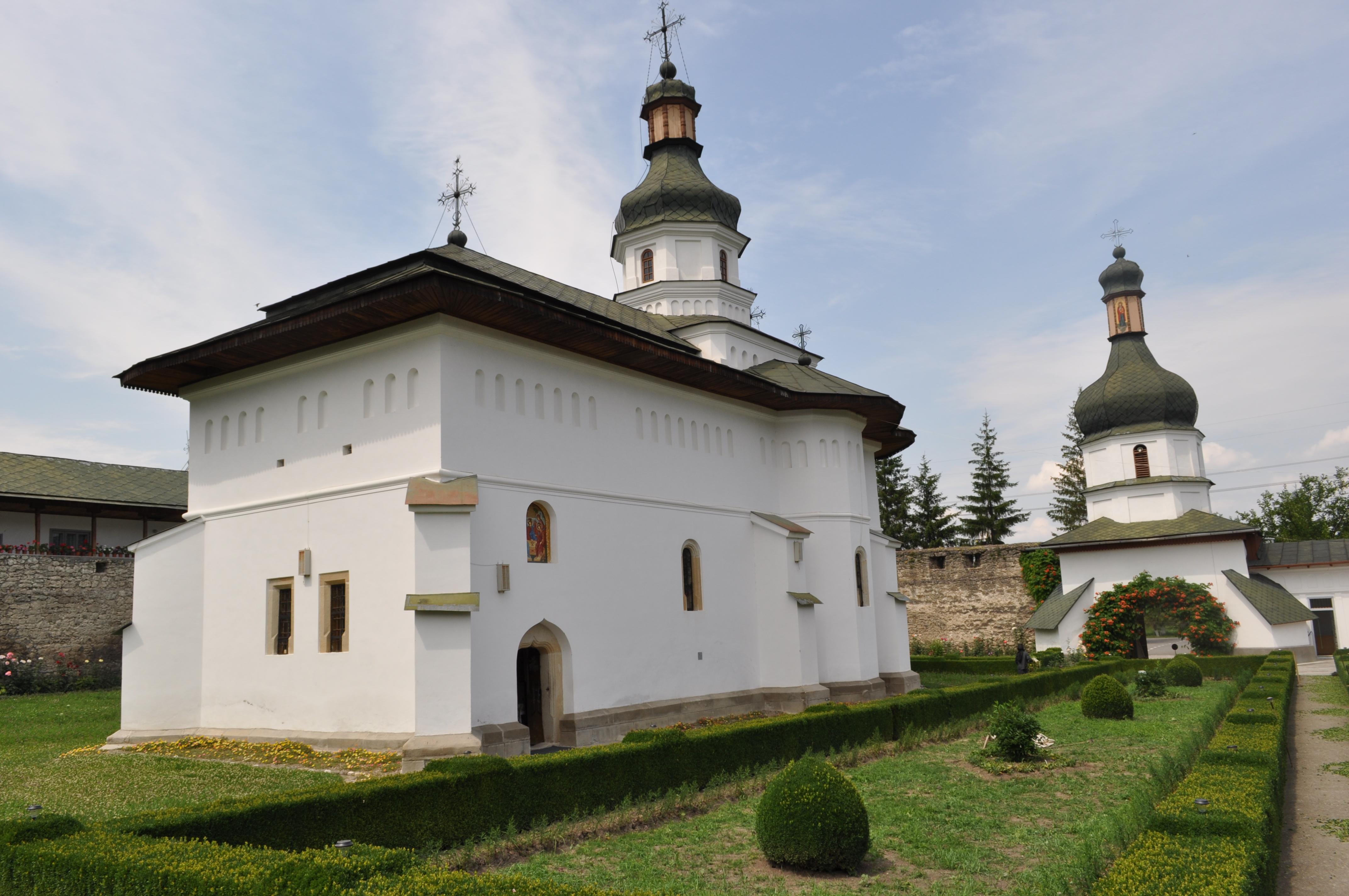 RO_BC_Bogdana_Monastery_12