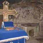altar-manastirea-corbii-de-piatra