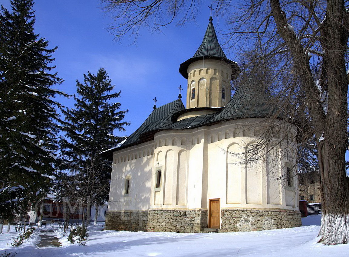 biserica_cosula_resize111