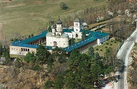 manastirea-dealu-21