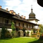 05-Manastirea-Sihastria