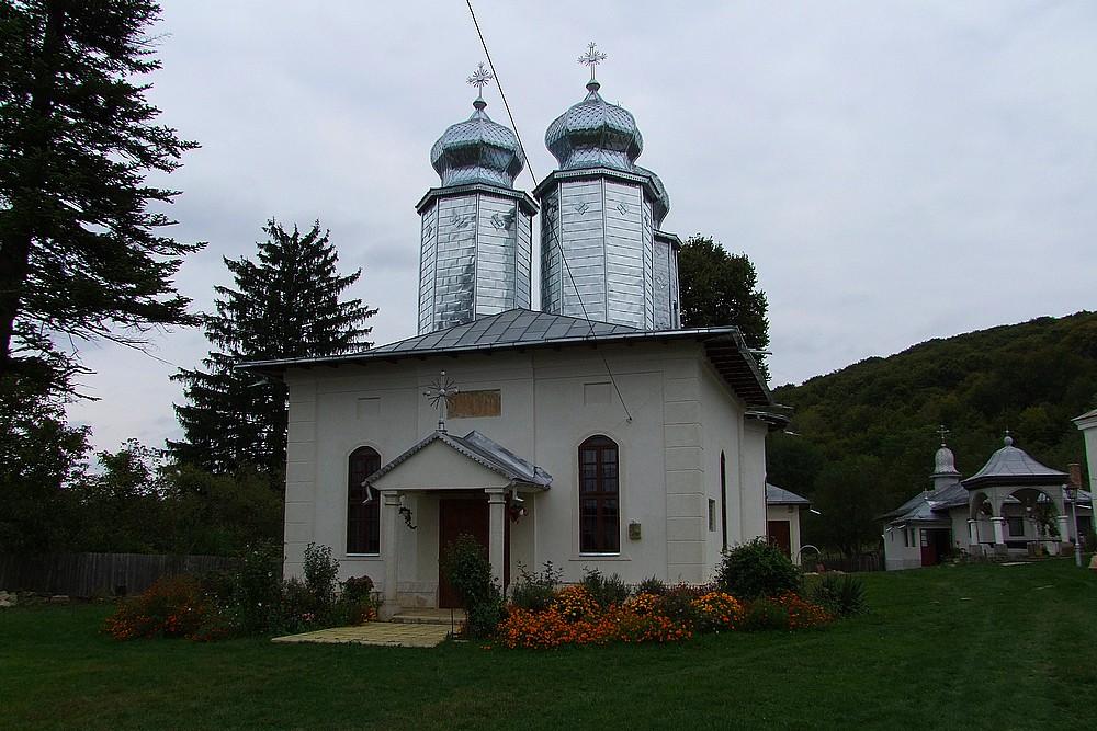 091-Manastirea-Barbu-sat-Leiculesti-Tisau-Buzau