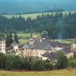 1.Manastirea_putna1