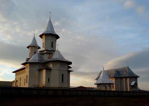 117641_manastirea-bodesti