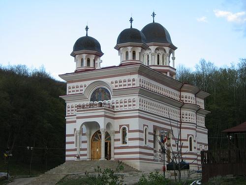 117830_manastirea-floresti_cluj
