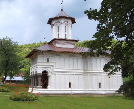 134983_manastirea-logresti-0
