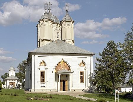 135835_manastirea-pasarea