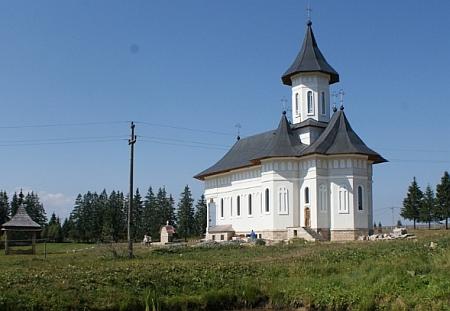 137266_manastirea-rasca-transilvana