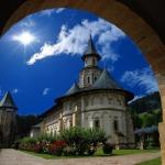 28-Manastirea-Putna-Foto-Aurel-Popescu
