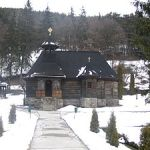 300px-Biserica_din_Toplita1