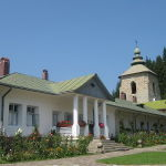 800px-Manastirea_Slatina38