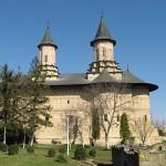 Biserica-manastirii-Galata-20110103164031