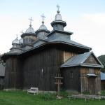 Biserica_de_lemn_Adormirea_Maicii_Domnului_din_satul_Gavanu_comuna_Manzalesti_judetul_Buzau_Romania_1