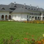 Manastirea-Izvorul-Miron-din-Romanesti-20110217120000