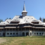Manastirea-Sapanta-Peri-20130726224735