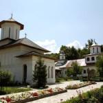 Manastirea-Sf-Treime-Stramba-Jiu