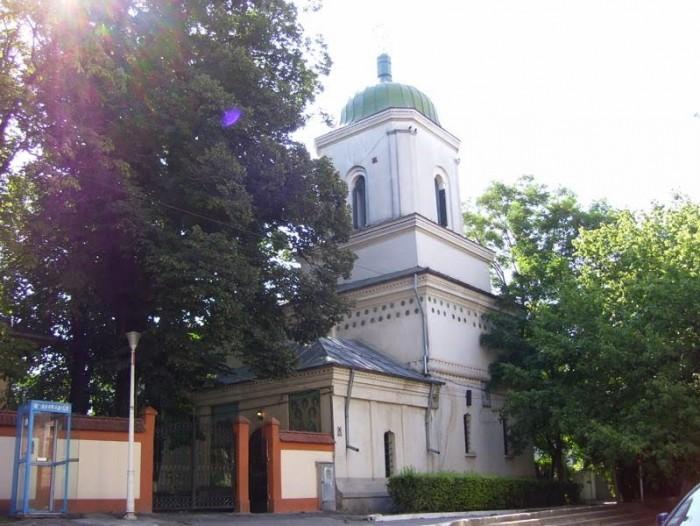 Manastirea-Sfintii-Arhangheli-Mihail-si-Gavriil-din-Galati-20110125173645