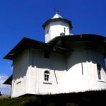 Manastirea-Sihastru-20110113142751