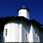 Manastirea-Sihastru-20110113143017