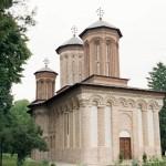 Manastirea-Snagov-20110222150140