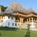 Maramures-ManastireaBarsana9