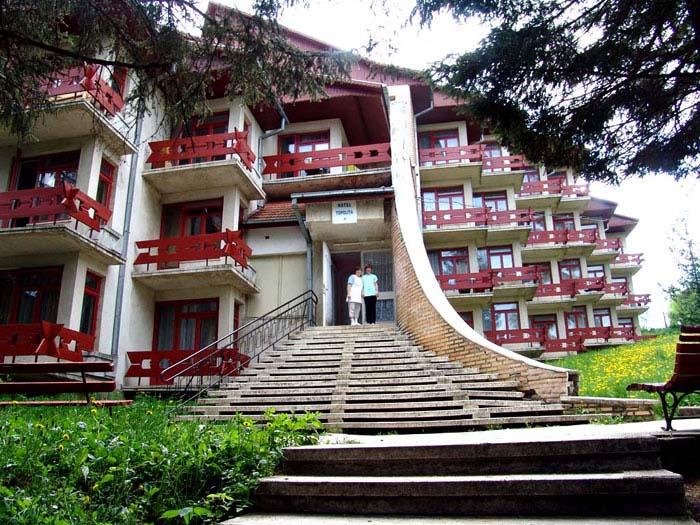 hoteltopolita_m