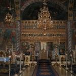 interior-manastirea-nucet