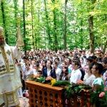 liturghie-arhiereasca-manastirea-buciumeni-foto-arrhiva