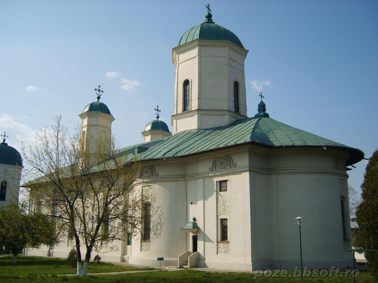 manastirea-cernica-2large