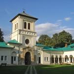 manastirea-dealu-2
