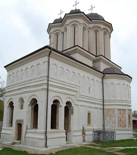 manastirea-gura-motrului-2