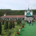 manastirea-moreni-(2)