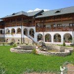 manastirea-ostrov-calimanesti