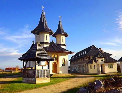 manastirea-pietroasa-mare-4221