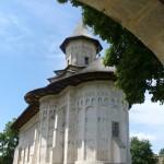 manastirea-probota-39859x1024
