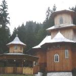 manastirea-rarau-16