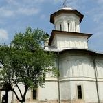 manastirea-saracinesti-2