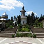 manastirea-sihastria2