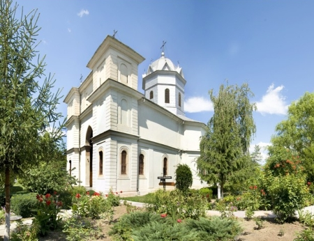 manastirea-slobozia-voievozi-5